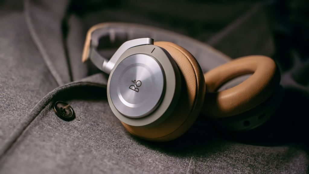 Best High-end Noise Cancelling Headphones: Bang & Olufsen Beoplay H9 3rd Gen
