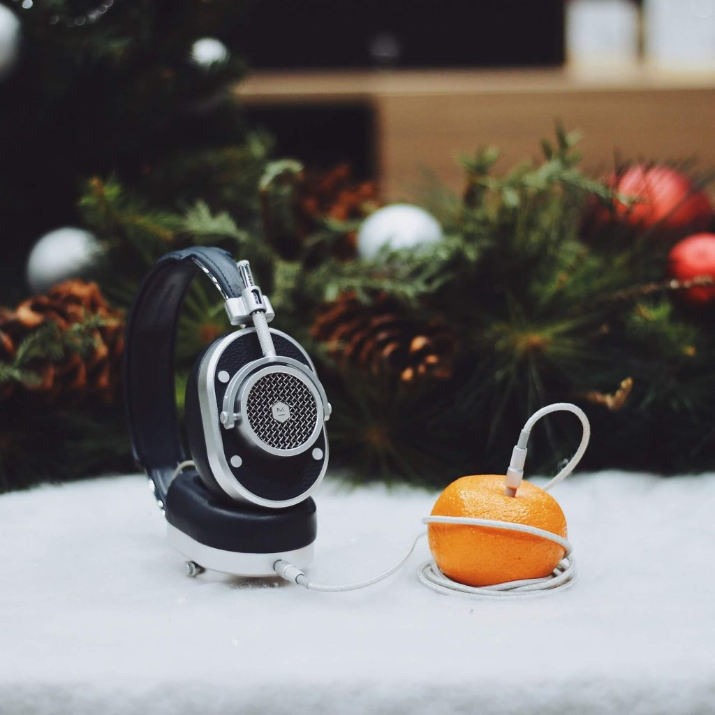 Top Noise Canceling Headphones: Master & Dynamic MW65